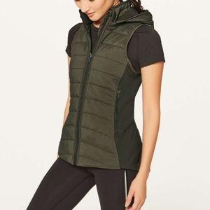 Lululemon Extra Mile Vest Water Proof Size 4